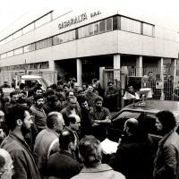 Assemblea in solidarietà ai minatori inglesi in lotta, in delegazione presso la Casaralta, 6.12.1984, Officine di Casaralta, Da: Archivio fotografico Fiom Bologna.