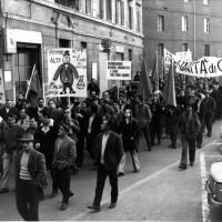 Particolare di un corteo, Bologna, 1968, Da: Archivio fotografico Fiom Bologna.